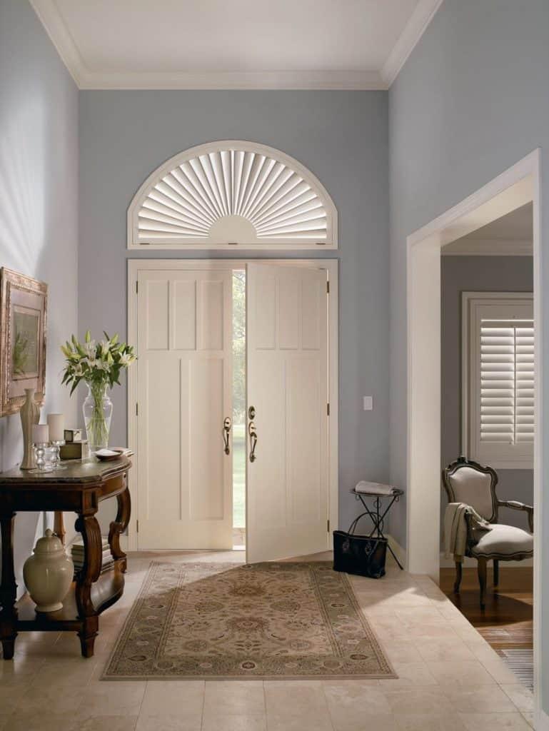door with arch
